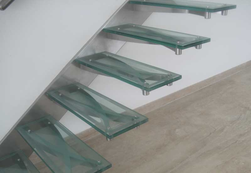 Cantilevered Staircase Manufacturer in India, Cantilevered
